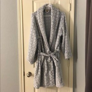 Other - NWOT coolspa robe